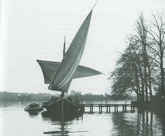 L'Espérance II sur le lac d'Annecy